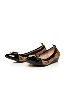 Moda in Pelle Ellsa low smart shoes