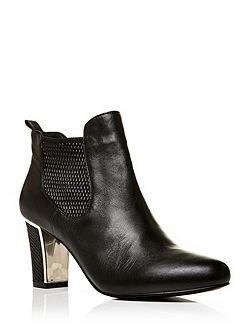 Loria high heeled ankle boots