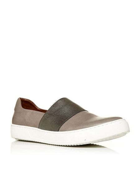 Moda in Pelle Gandino slip on trainers