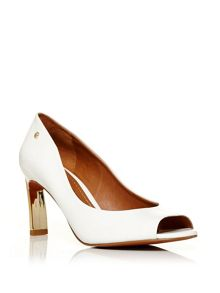 Moda in Pelle Camdon mid heel peep toe court shoes