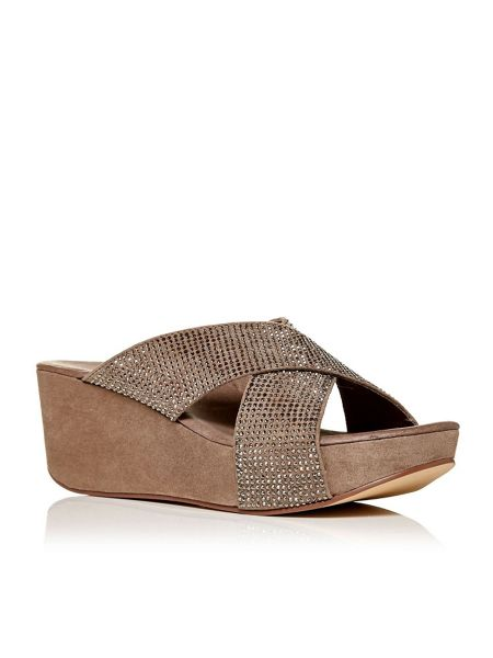 Moda in Pelle Rizura wedged mule sandals