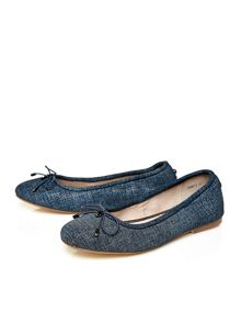 Moda in Pelle Frances flat elasticated ballerina shoes