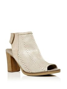 Moda in Pelle Laurino peep toe sandals