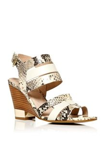 Moda in Pelle Prieto wedge strappy sandals
