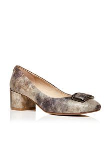 Camissa mid block heel court shoes