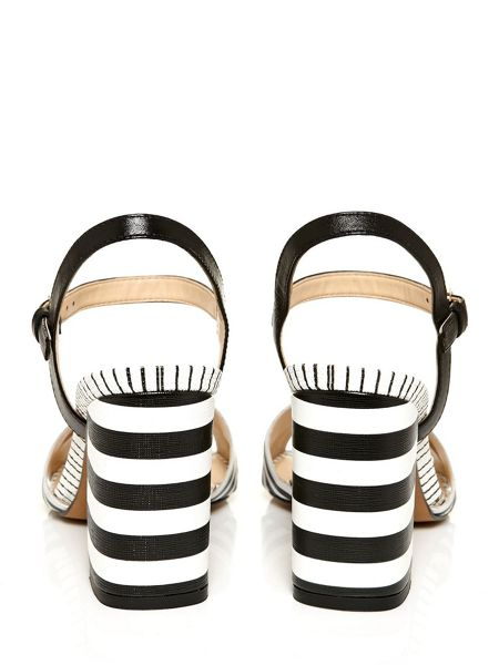 Moda in Pelle Mine brazilian sandals