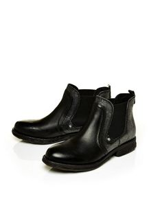 Moda in Pelle Ulla pull on ankle boots