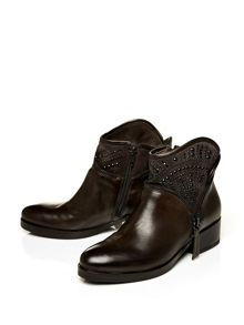 Moda in Pelle Umpteen casual ankle boots