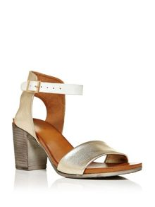 Moda in Pelle Loelle block heel sandals