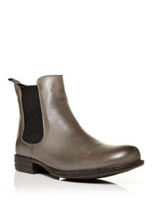 Moda in Pelle Calisia chelsea boot
