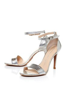 Moda in Pelle Lumia clean sandals