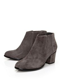 Moda in Pelle Lauria chelsea boots