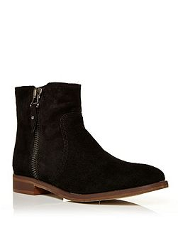 Corbella flat ankle boots
