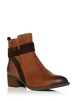 Ambrosian ankle boots