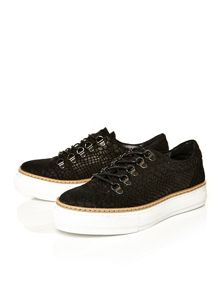 Moda in Pelle Angelikas low leisure shoes
