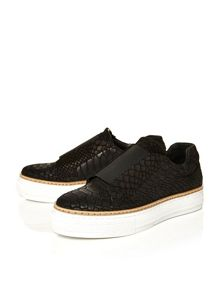 Moda in Pelle Alendra low leisure shoes