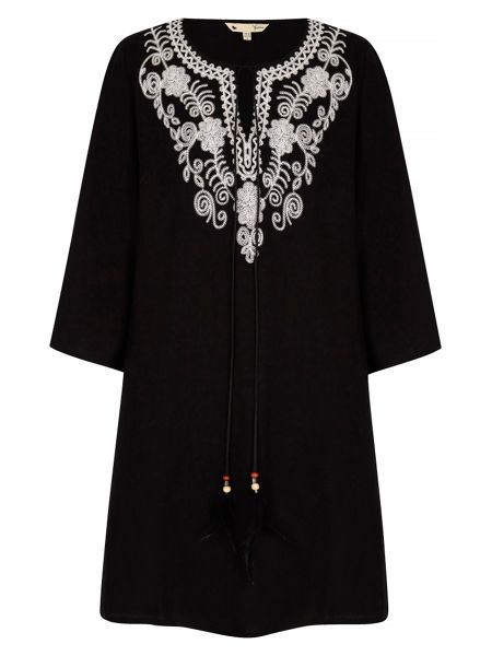Yumi Embroidered Kaftan Dress