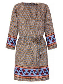 Yumi Tile Print Tunic Dress