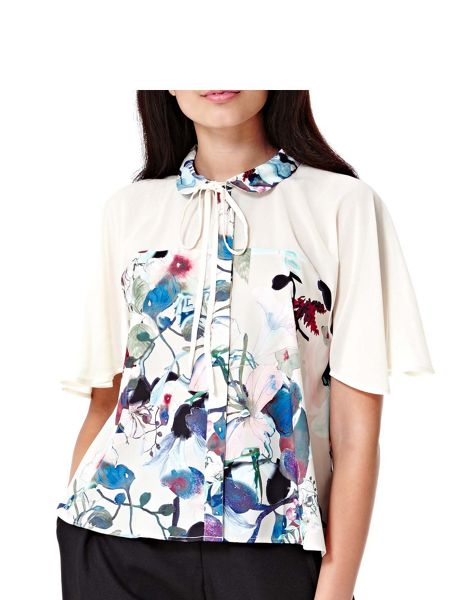 Yumi Flower Print Bow Blouse