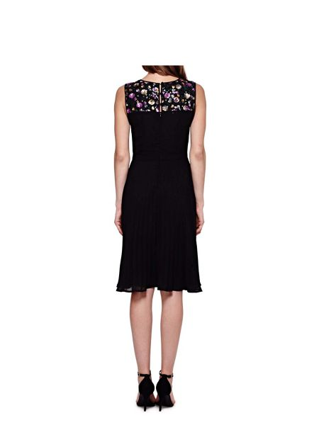 Yumi Pleated Party Dress With Sequins