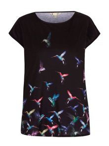 Yumi Humming Bird Printed Sleeveless T-Shirt