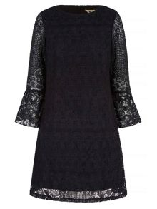 Yumi Lace Shift Dress With Flared Sleeves