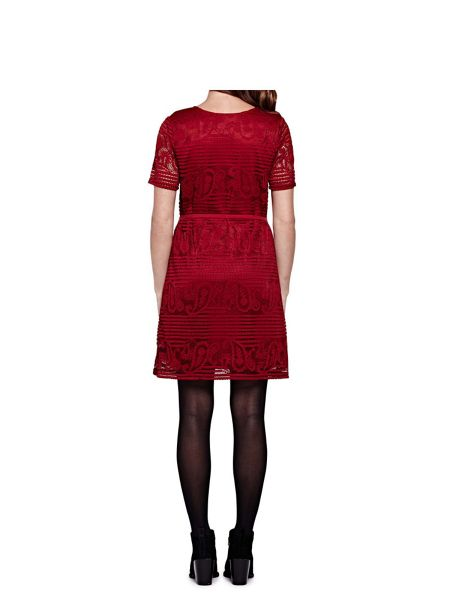 Yumi Shift Dress With Paisley Lace