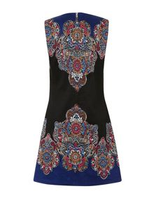 Tribal placement print shift