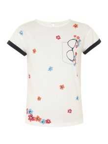 Girl`s glasses print t-shirt