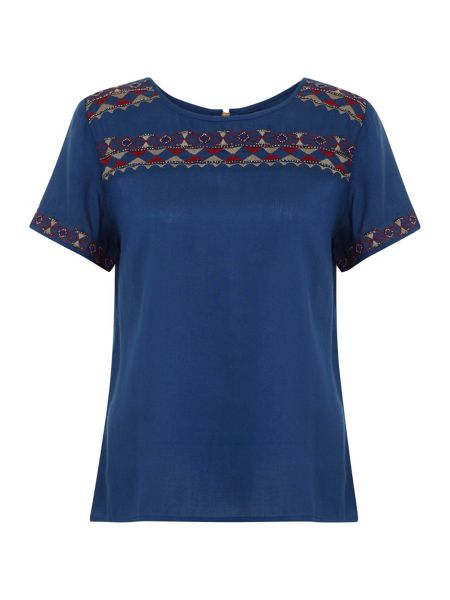 Yumi Eclectic Embroidery Top