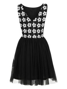 Sleeveless Cut-out flower dress