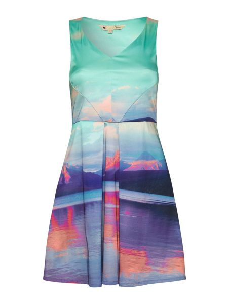 Yumi Mountain Print Dress