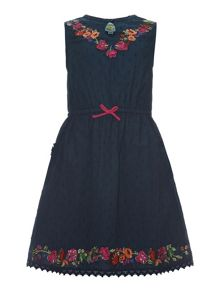 Girls embroidered neck dress