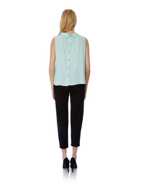 Yumi Back to Front Button Up Sleeveless Shirt