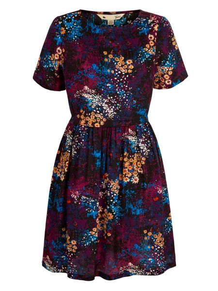 Yumi Distressed Floral Print Dress
