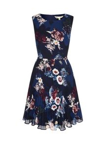 Yumi Vintage Floral Print Pleated Dress