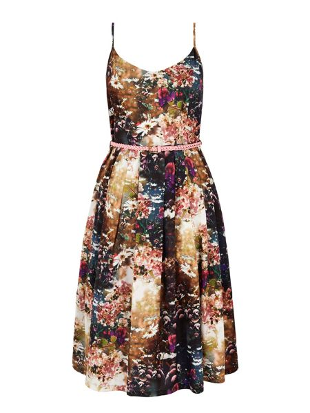 Yumi Floral Print Day Dress with belt