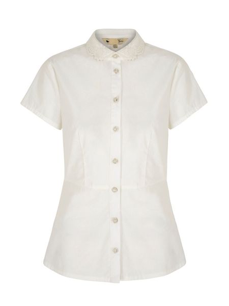 Yumi Embroidered Collar Peplum Shirt