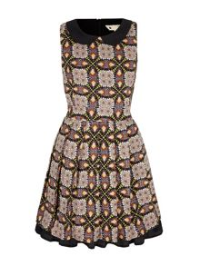 Yumi Mirror Tapestry Print Collar Dress