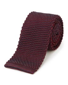 Knitted pinpoint tie