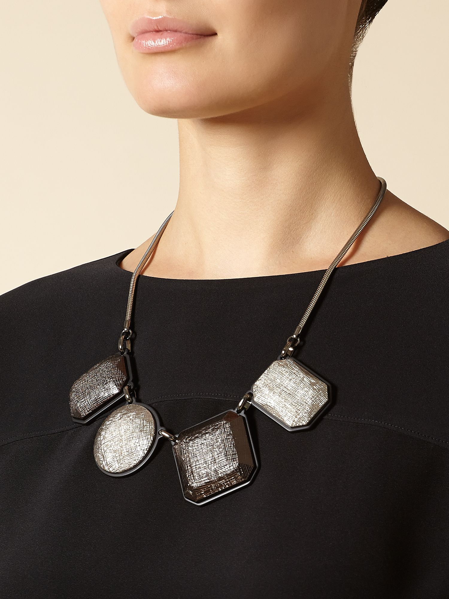 Metallic Texture Resin Necklace