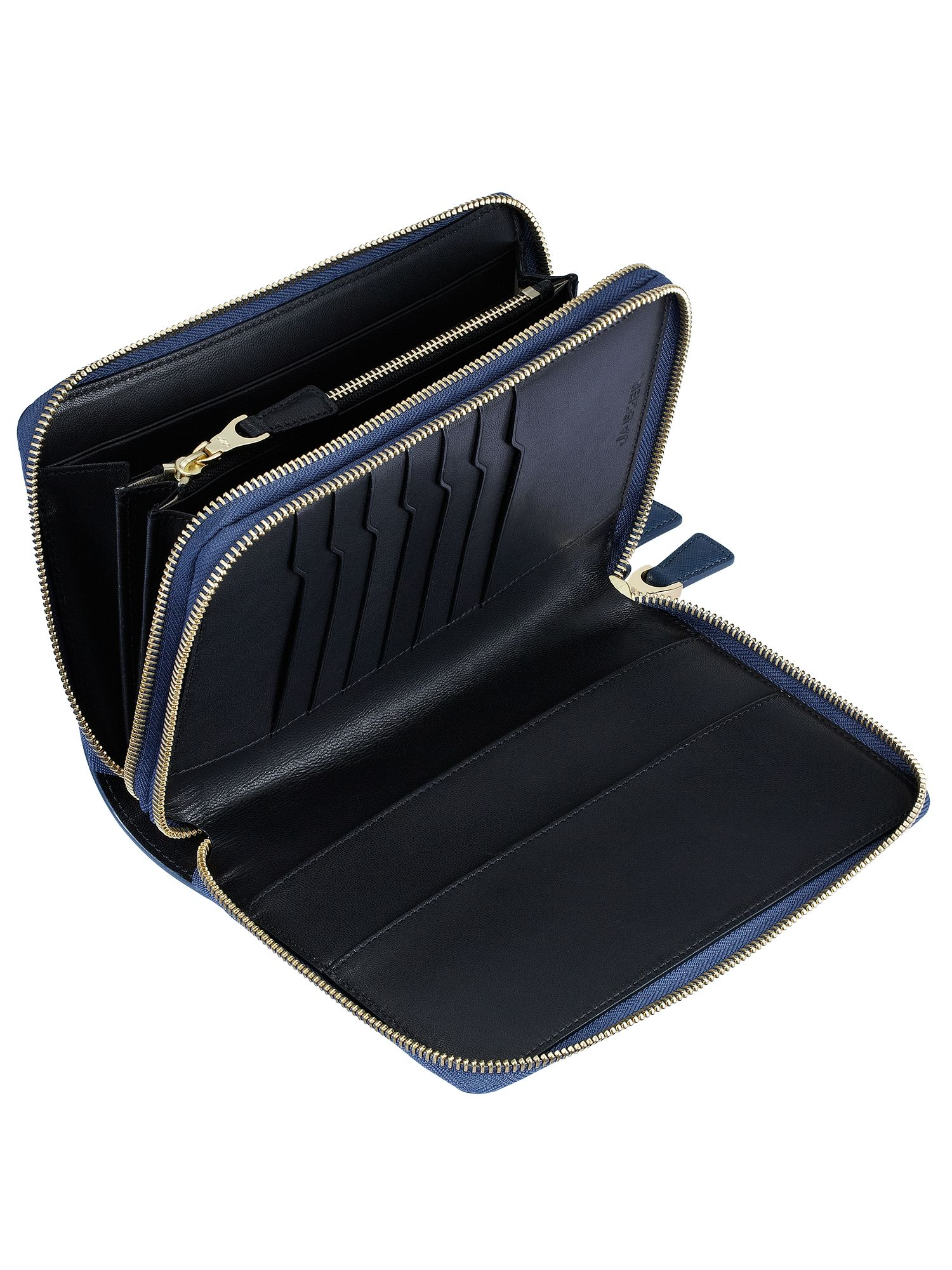 Jaeger: Webb Traveller Clutch