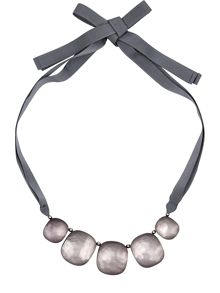 Pebble Ribbon Necklace