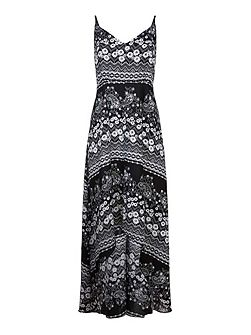 Daisy Lace Print Maxi Dress