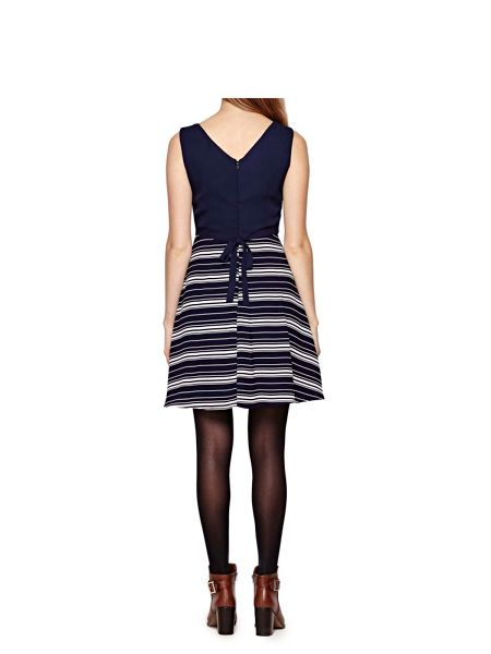 Yumi Navy Stripe Print Sleeveless Dress