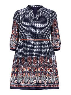 Yumi Curves Belted Dress With Tile Print