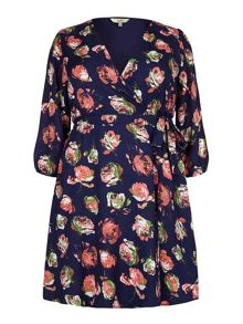 Yumi Curves Yumi Curves Rose Print Wrap Dress