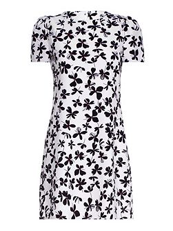 White Clover Printed Shift Dress