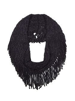 Black Chunky Knitted Fringe Snood