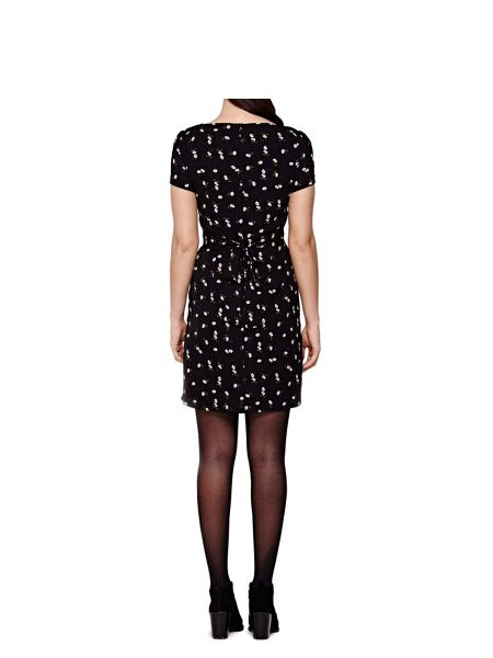 Yumi Black Short Sleeve Dress With Daisy Print